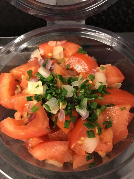 Tomatensalat, ca. 250g Becher